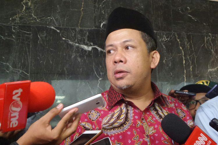 Wakil Ketua DPR RI Fahri Hamzah di Kompleks Parlemen, Senayan, Jakarta, Kamis (13/4/2017).