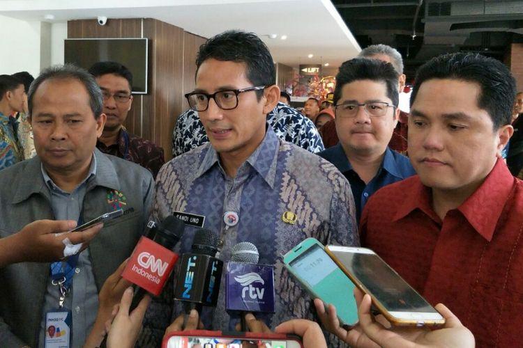 Wakil Gubernur DKI Jakarta Sandiaga Uno bersama Ketua Panitia Penyelenggara Asian Games 2018 (INASGOC) Erick Thohir di Hotel Luminor, Kamis (1/3/2018).