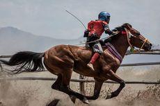 Joki Cilik Tewas Saat Pacuan Kuda, Eksploitasi Anak Atas Nama Tradisi di NTB