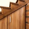 Solusi Kreatif Manfaatkan Ruang Kosong di Bawah Tangga Rumah