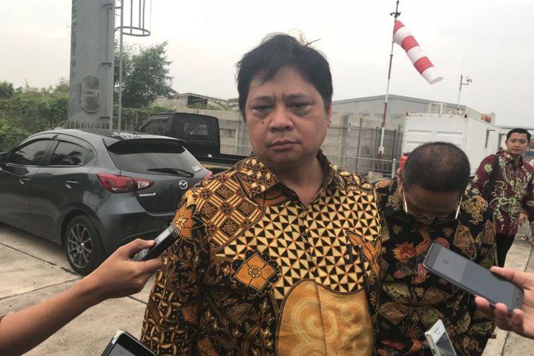 Menteri Perindustrian, Airlangga Hartarto saat diwawancarai di Cikarang, Selasa (26/6/2018).