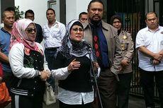 Elvy Sukaesih Terkulai Lemas Usai Beri Keterangan di Polda Metro Jaya