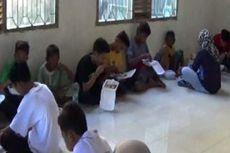 Anak-anak Putus Sekolah Dijaring dari Warung Makan hingga Proyek Bangunan