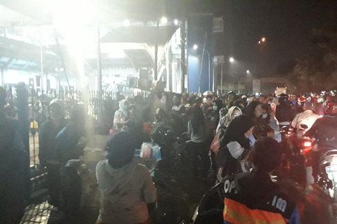 Imbas Gangguan KRL Rute Bekasi, Jalan I Gusti Ngurah Rai Macet Parah