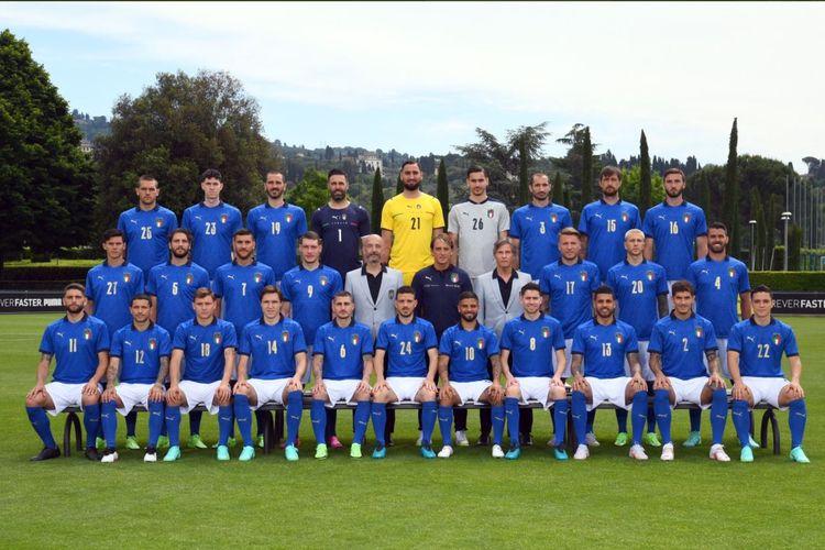 Foto tim para pemain Timnas Italia jelang Piala Eropa 2020. Pasukan Roberto Mancini akan bersaing di Grup A Euro 2020 bersama dengan Turki, Swiss, dan Wales.