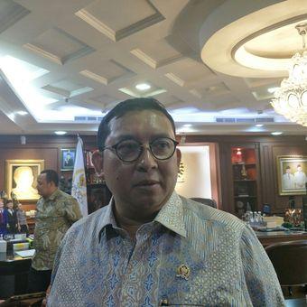 Wakil Ketua DPR Fadli Zon di Kompleks Parlemen Senayan, Jakarta, Senin (22/4/2019).