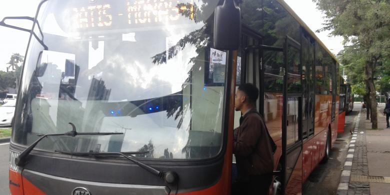 Transjakarta Buka 2 Rute Baru Ciputat Bundaran Hi Dan Bsd Slipi