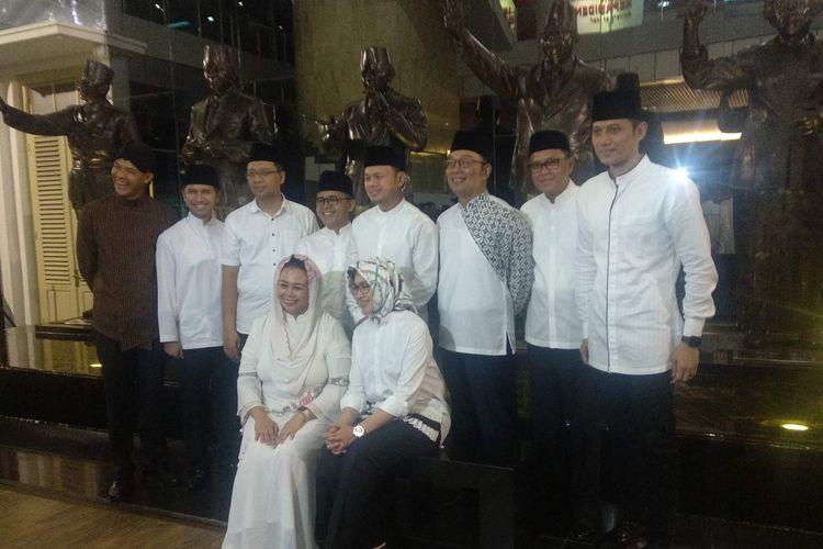 Para kepala daerah dan tokoh muda yang hadir dalam acara Silaturahmi Bogor Untuk Indonesia di Museum Balai Kitri, Bogor, Jawa Barat, Rabu (15/5/2019).