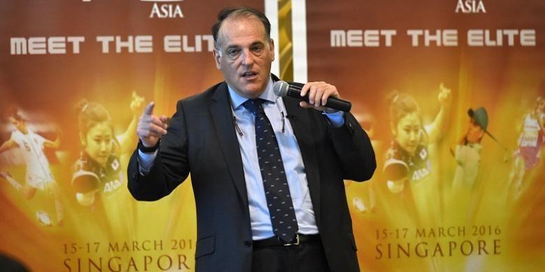 Presiden La Liga, Javier Tebas, menghadiri sebuah konferensi pers di Singapura, pada 16 Maret 2016.
