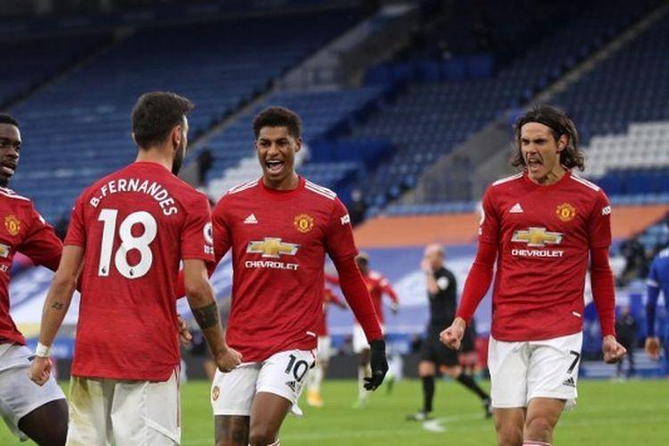 Gelandang enerjik Manchester United, Bruno Fernandes, merayakan golnya ke gawang Leicester City dalam laga Leicester vs Man United, Sabtu (26/12/2020) di King Power Stadium.