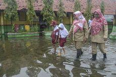 Curah Hujan Tinggi, Dinas Pendidikan Jakarta Beri 10 Imbauan untuk Sekolah
