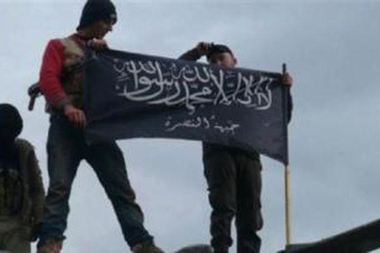 Beberapa anggota kelompok militan Suriah terkait Al Qaeda