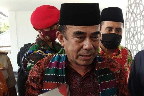 Di Aceh, Menag Salurkan Subsidi Gaji Rp 22,9 Miliar ke Guru Honorer