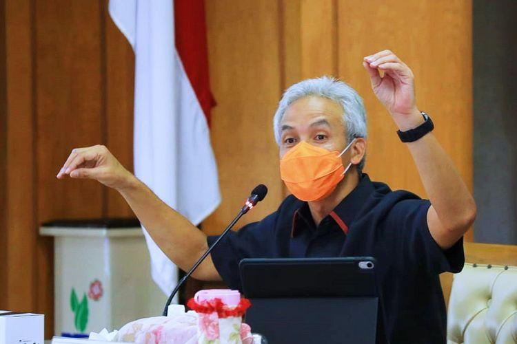 Gubernur Jawa Tengah (Jateng) Ganjar Pranowo meminta program vaksinasi Jateng dipercepat.