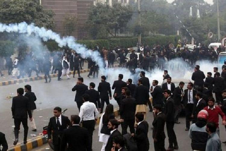 Ratusan Pengacara Serang Rumah Sakit di Pakistan, 3 Pasien Meninggal