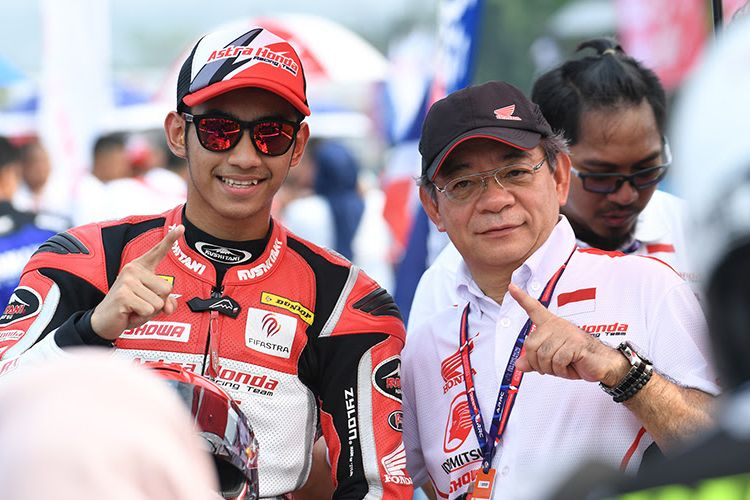 Pebalap Astra Honda Racing Team, Andi Gilang.