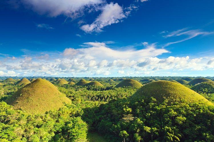 Ilustrasi Filipina - Chocolate Hills.