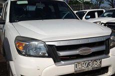 """Bisnis Taksi """"Online"""" Pengaruhi Pasar Lelang Mobil Bekas"""