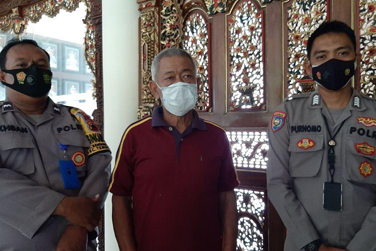 Agus Dartono (61) seorang pensiunan polisi di Kota Semarang, Jawa Tengah di Mapolrestabes Semarang, Senin (27/9/2021).