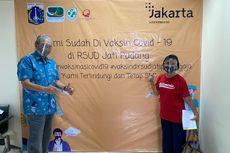 Kisah Suami Istri Lansia Jalani Vaksinasi Covid-19 di Jakarta, Sempat Bingung Lokasi Suntik