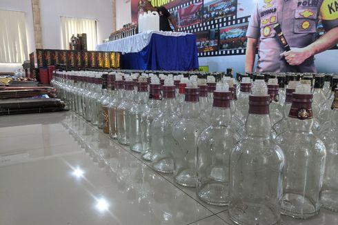 Polisi Sita Ribuan Botol Miras Chivas, Imperial, Hennesey yang Hendak Dipalsukan