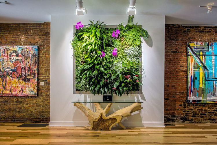Vertical garden yang dibingkai layaknya lukisan, karya EcoWalls
