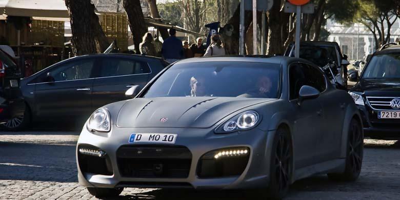 Porsche Panamera Turbo Techart Grand GT - Mezut Ozil
