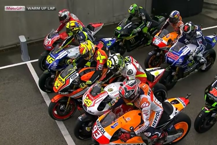 14 pebalap MotoGP start dari pit lane di GP Jerman 2014