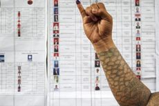 Dampingi 6 Pemilih Difabel, Anggota KPPS Coblos PIlihannya Sendiri