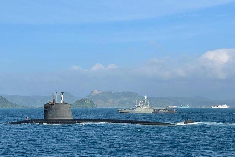 TNI AL dan Perancis Gelar Latihan di Selat Sunda, KRI hingga Kapal Selam Diturunkan