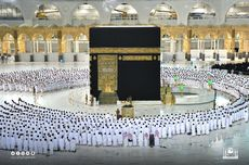 Shalat Subuh Pertama Tanpa Jaga Jarak, Arab Saudi Izinkan Masjidil Haram Kapasitas Penuh