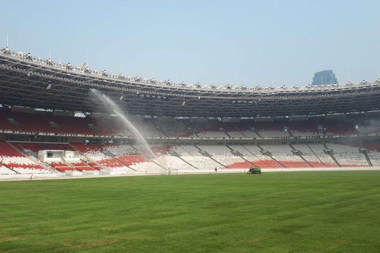 Dua hari setelah acara closing ceremony Asian Games 2018, sebagian armordeck yang terpasang di Stadion Utama Gelora Bung Karno masih belum dibongkar. Foto diambil Selasa (4/9/2018).