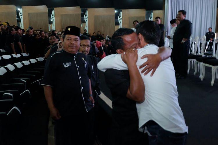 Bupati Purwakarta Dedi Mulyadi, bersilaturahmi pamitan mundur dari jabatannya bersama para camat dan kepala desa, Rabu (31/1/2018)