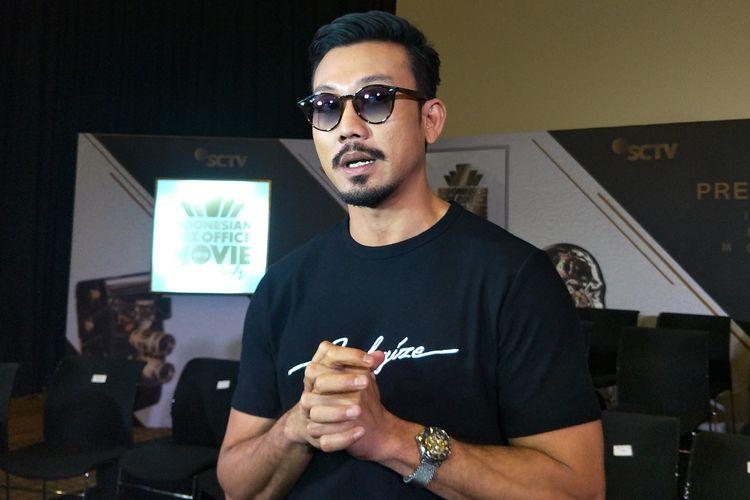 Artis peran Denny Sumargo dalam jumpa pers Indonesian Box Office Movie Awards (IBOMA) 2019 di SCTV Tower, Senayan, Jakarta Pusat, Kamis (14/3/2019).