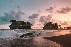 Pantai Madasari Pangandaran, Kemah Tepi Pantai dengan Panorama Bukit Karang
