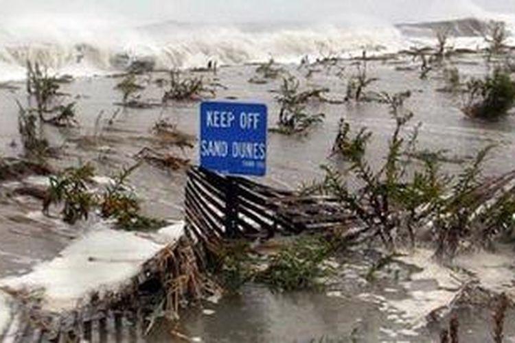 Dampak badai Sandy di wilayah Cape May, New Jersey.