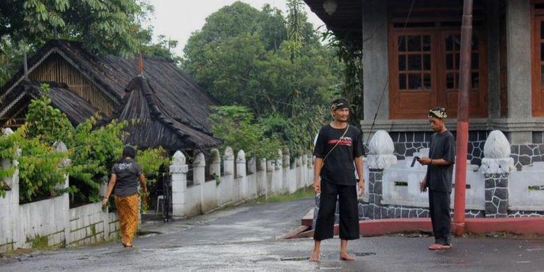 Penghayat Sunda Wiwitan di Kampung Cigugur, Kuningan Jawa Barat.