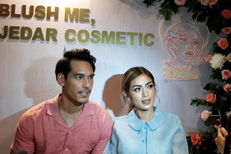 Richard Kyle dan Jessica Iskandar saat dijumpai di Grand Indonesia, Jakarta Pusat, Kamis (5/12/2019).
