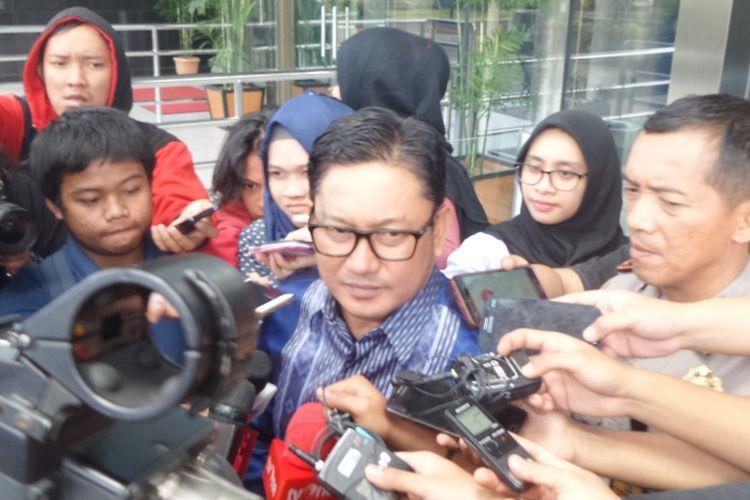Politisi PKB Abdul Malik Haramain di Gedung KPK Jakarta, Selasa (16/1/2018).