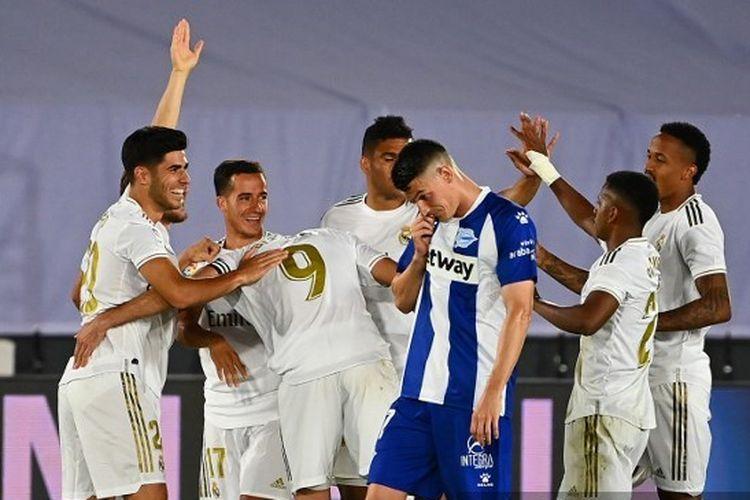 Para pemain Real Madrid pada laga kontra Alaves, pekan ke-35 Liga Spanyol 2019-2020.