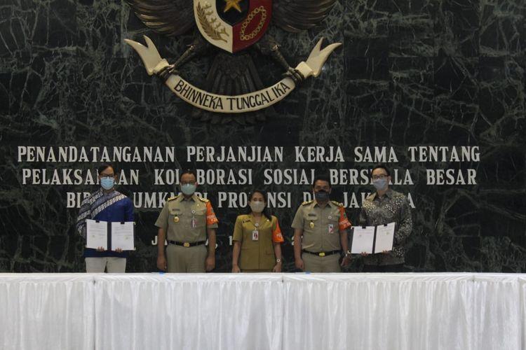 Bantu UMKM survive di tengah pandemi, Dompet Dhuafa tanda tangani kerja sama Kolaborasi Sosial Berskala Besar Bidang UMKM bersama Pemprov DKI dan dua perusahaan fintech, di Balai Kota DKI Jakarta, Selasa (14/7/2020).