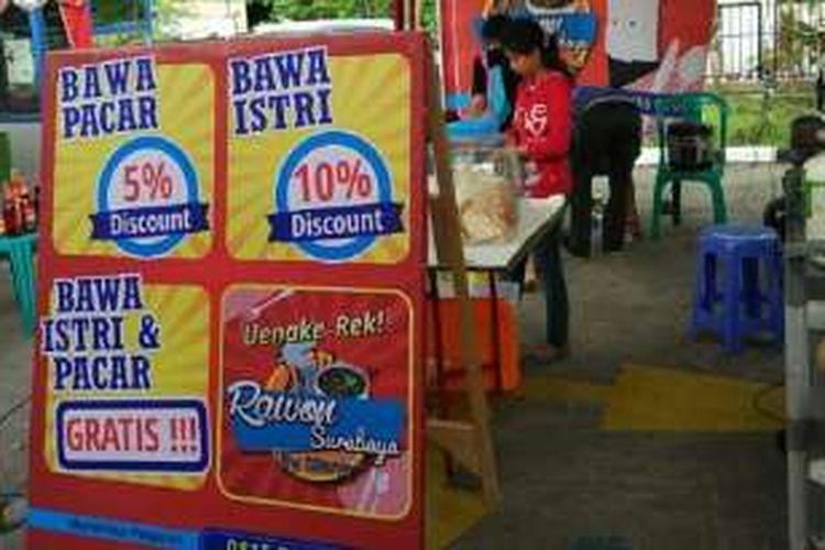Rawon khas Surabaya yang jadi viral,  di Ventura Food Court Jl Ki Mangunsarkoro No 15, Semarang