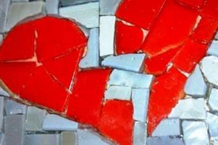 Di hari valentine pengguna internet diingatkan berhati-hati dengan penipuan berkedok cinta.