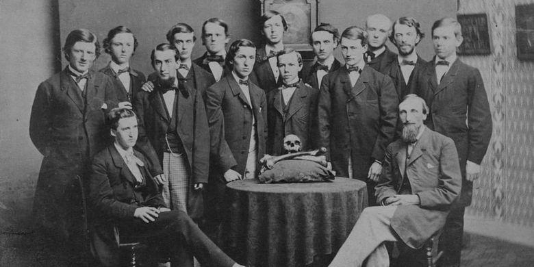 Membre de Skull and Bones de la classe de 1861. [Manuscrits et archives de Digital Library/Yale University Via History]