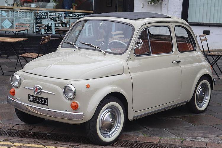 Andre Taulany Beli Mobil Klasik Fiat 500 Harganya Lebih Mahal