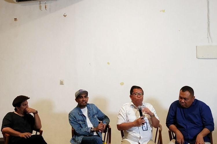 Direktur Program dan Berita TVRI Apni Jaya Putra (kedua dari kanan) dalam diskusi bertajuk TVRI Mau Ke Mana di Kebayoran Baru, Jakarta Selatan, Rabu (12/2/2020).
