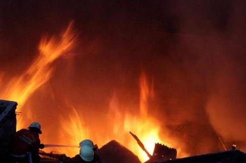 Kebakaran di Permata Hijau, 15 Rumah Hangus