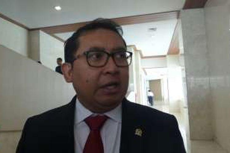 Wakil Ketua DPR RI Fadli Zon di Kompleks Parlemen, Senayan, Jakarta, Senin (25/7/2016).
