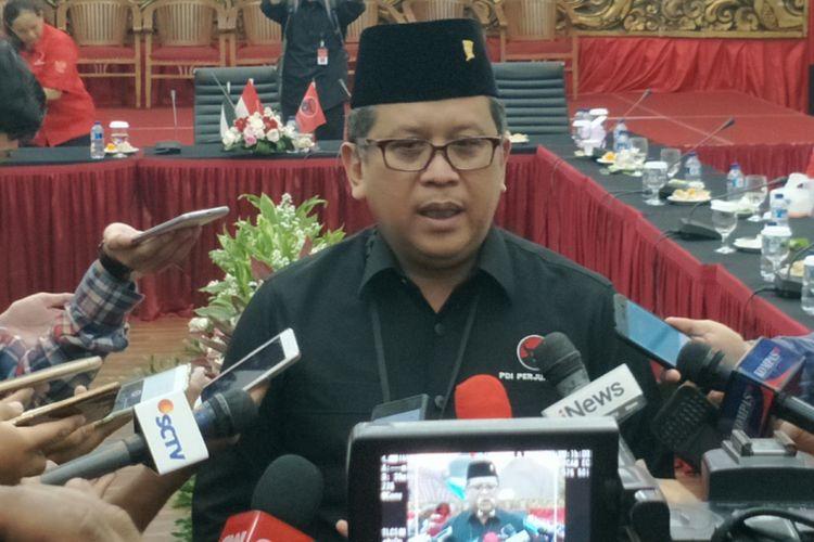 Sekjen Partai Demokrasi Demokrasi Perjuangan (PDI-P) Hasto Kristiyanto saat ditemui di kantor DPP PDIP, Menteng, Jakarta Pusat, Rabu (18/4/2018).
