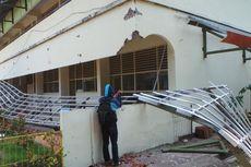 Jokowi Perintahkan Dinas Pendidikan Coret Kontraktor Bermasalah